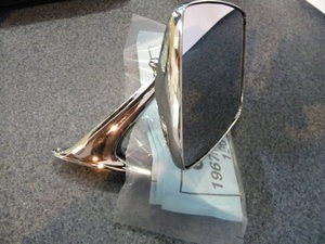 1967-1979 Ford PU AND 1966-1979 Bronco side view mirror