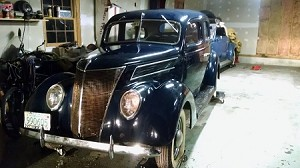 1937 Ford - MY FIRST CAR !