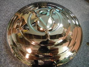 1932 Ford Pass V8 Hubcap