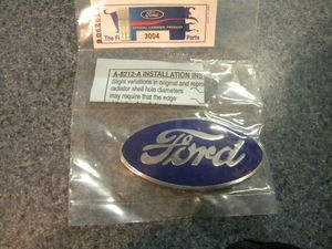 1928-1930 Radiator Shell Badge (Blue and Chrome)