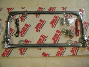 skull License plate frame with lights!